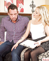Teen wife Karla Kush gets a hot juicy load of sperm on her face