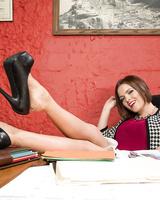 Hot mistress Krissy Lynn showing her incredible feet in nylon stockings