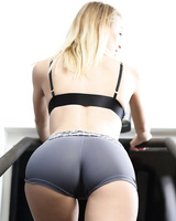 Fitness girls Kenna & Natalia Starr remove their short for a hot gym threesome
