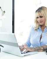 Cheating boyfriend Keiran Lee bangs her boss Ryan Conner in her office