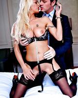 European milf with blonde hair Tia Layne dose a great blowjob