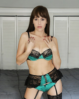 Boyfriend receives an amazing handjob from Alana Cruise in sexy lingerie