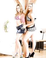 Lesbian pornstars Samantha Jolie and Angel Piaff lick each others pussy