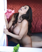Bisexual MILF Ariella Ferrera introduces Charli Shiin to the idea of a 3some