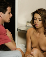 Teen Aspen Ora cheats on boyfriend with his best friend Tyler Nixon