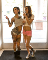 Horny sluts in latex outfits Gia Dimarco and Bonnie Rotten get a hard cock