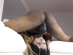Big-boobied Aaliyah Hadid gets off on BBC thrusting in and out of her throat