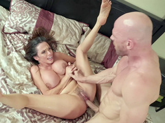 Hot spouse Ariella Ferrera impaled hard for doing dirty webcam shows