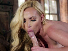 Nikki Benz is going to give a XXX blowjob till sperm fills mouth