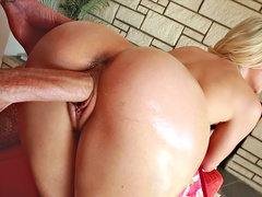 Doggystyle is a position that Anikka Albrite likes most of all