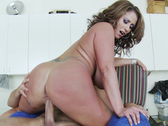 Young cocks are so good that stepmom Eva Notty is always eager to ride them