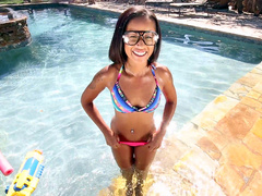 Slender ebony babe Skim Diamond Skin shaking her ass in the pool