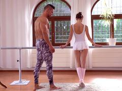 Little Russian dancer - Gina Gerson, Angelo Godshack, Aurora Snow