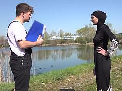 Hot outdoor muslim fuck
