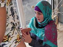 A lost Muslim bitch