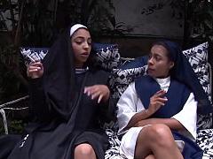 NARCOS X - Colombian babes Maria Antonia Alzate & Matilde Ramos fucked hardcore
