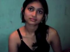 Amateur Porno Young Sexy Indian Teen GF Homemade Fucking