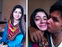 Paki Bhabi Smooch n Kiss & Boobs Press