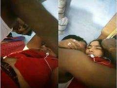 Today Exclusive- Hot Desi Village Couple Romance Pussy Shaving and Fucking Part 4