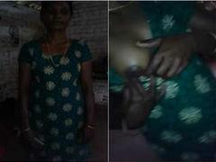 Today Exclusive- Desi Mallu Couple Romance and Boob Sucking