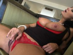 Real dirty MILF Avva showing off her butt and tits