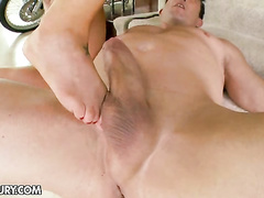 Cute hottie stimulated on her feet and fucked hard