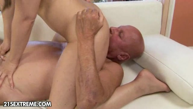 Kinky babe sucks and face fucks her hot old pappy