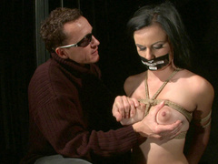 Sexy slave Estella wilingly takes hard torturing